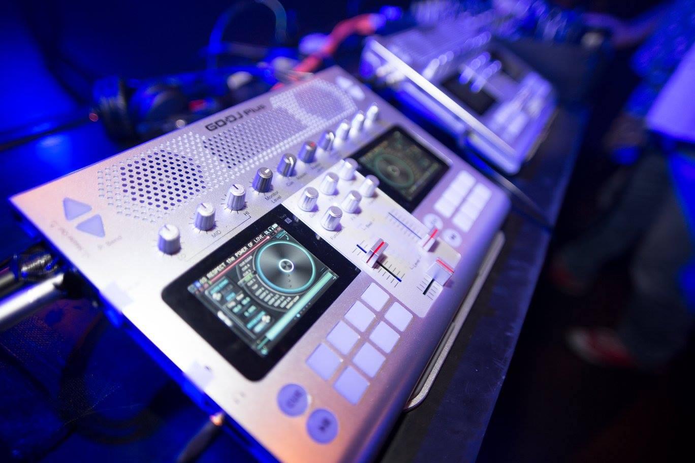 DJ「80年代の音楽に恋して」